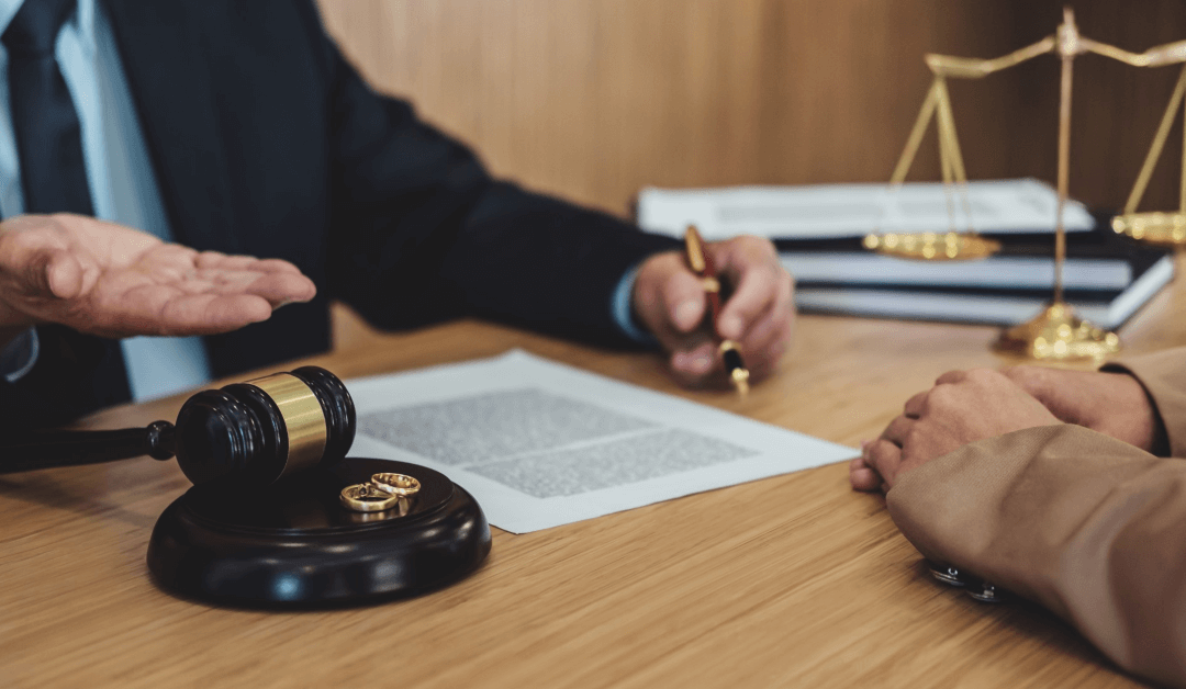How To Pick the Right Divorce Lawyer For Your Needs
